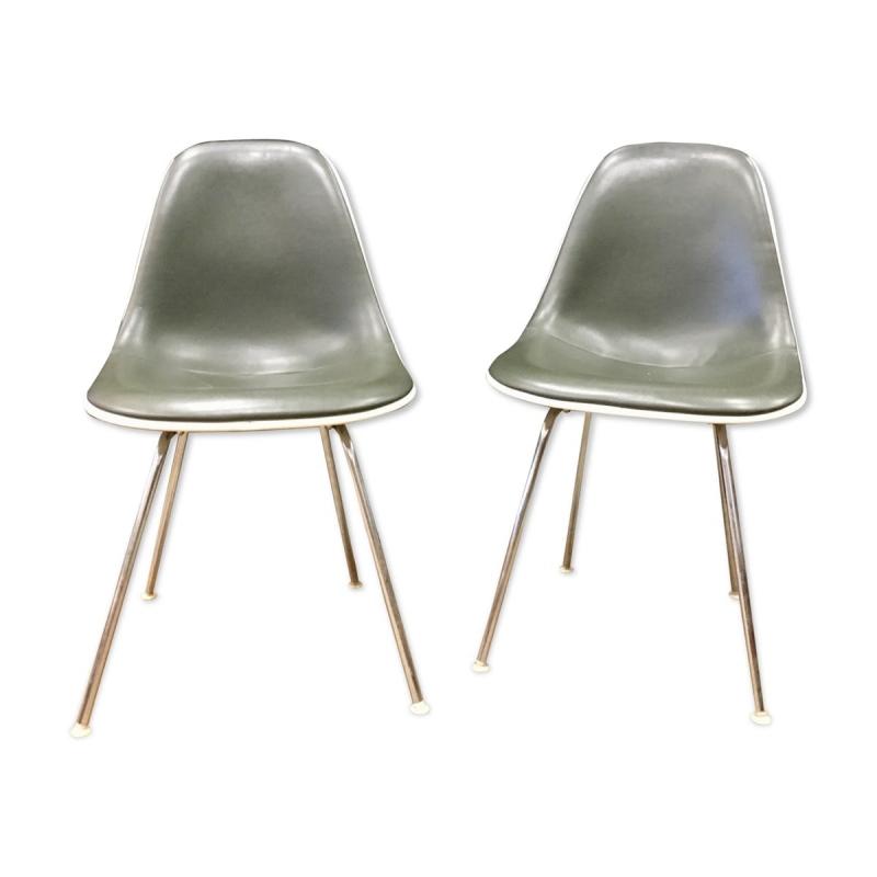 Paire de chaises Eames